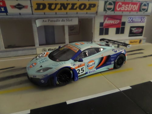 SUPERSLOT H3716 MC LAREN MP4-12C GT3 #25
